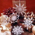 Новогодние снежинки, связаные крючком