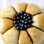 Идеи декора — цветы из ткани.  Мастер-класс