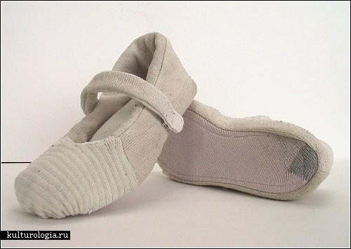 Игрушки из старых носков. Как сделать игрушки своими руками